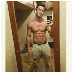 """Douchey shirtless pic while waiting for wardrobe, why not."" Image Source: Instagram user the_ryan_kelley"