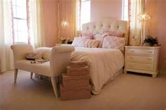 Simple shabby chic bedroom