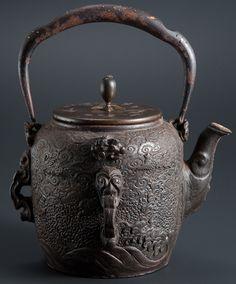 金龍堂の鉄瓶その3