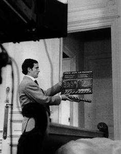 """Francois Truffaut on the set of """"Tirez sur le pianiste """"(1960, via François Truffaut: The Complete Films)"""
