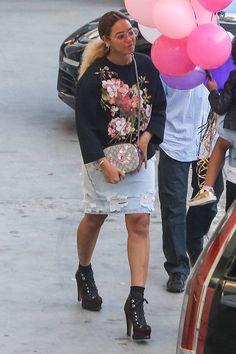 Adoptez le mini bag original et fleuri de Beyonce // www.leasyluxe.com #flowers #gucci #leasyluxe