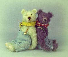 Alfie and Reg #bestoffriends bear friends are the best friends #artistbears #mohairbears #padfieldbears Mo Hair, Best Friends, Plush, Teddy Bear, Toys, Artist, Crafts, Animals, Beat Friends