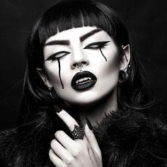 Hell's Boutique - Black Widow Ring Black Goth Girl Spiderweb HellsBoutique.com