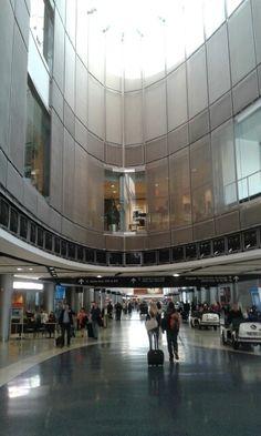 Beautiful IAH - Houston George Bush Intercontinental Airport - United Hub. Check!