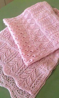 "mirigurumi: "" Advent-Calender-Scarf 2012 – Free Knitting Pattern by Kristin Be… - Stola Stricken Knit Or Crochet, Lace Knitting, Crochet Shawl, Knitting Stitches, Knitting Patterns Free, Free Pattern, Knitted Baby, Crochet Flower, Knitted Dolls"