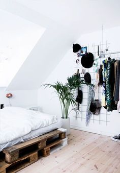 Image about white in Home, Room, Deco by Daydreamer My New Room, My Room, Bedroom Inspo, Bedroom Decor, Bedroom Bed, Bedroom Ideas, Bedroom Inspiration, Dit Room Decor, Tumblr Room Inspiration