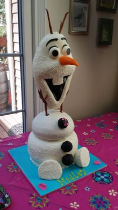 Olaf cake - For all your cake decorating supplies, please visit… Pretty Cakes, Cute Cakes, Beautiful Cakes, Yummy Cakes, Amazing Cakes, Crazy Cakes, Fancy Cakes, Frozen Birthday Party, Frozen Party