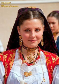 Costume di Dorgali - Foto di Mario Canessa