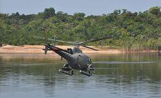 Marinha e Bombeiros procuram por gringa desaparecida há 2 dias durante canoagem em rio do AM - https://forcamilitar.com.br/2017/09/16/marinha-e-bombeiros-procuram-por-gringa-desaparecida-ha-2-dias-durante-canoagem-em-rio-do-am/
