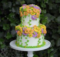 The Sweet, The Sassy and The Blur: Tutorial for buttercream Ranunculus Roses