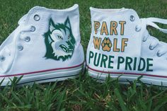 Hey, I found this really awesome Etsy listing at https://www.etsy.com/listing/473454333/college-mascot-wolf-white-converse-hi
