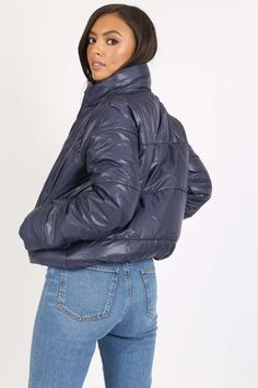 Dámska tmavomodrá prešívaná bomber bunda Winter Jackets, Fashion, Moda, Winter Vest Outfits, La Mode, Fasion, Fashion Models, Trendy Fashion