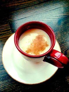 Agua de avena PERFECTA para ayudarte a perder peso  1/2 taza de avena de rápida cocción 2 tazas de agua caliente + canela a gusto 1-1/2 cucharadas de leche evaporada baja en grasa miel, agave o tu endulzador artificial favorito *Coloca la avena en una taza grande.  Añade agua y deja descansar al menos 5 min. Añade la leche evaporada, la canela y el endulzador. ¡Disfruta!