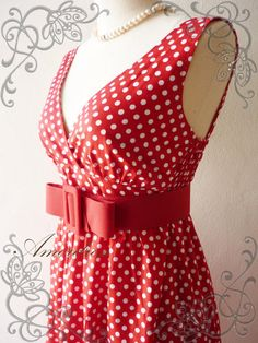LOVE LOVE .. If I could wear Red I'd own this!!