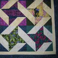 """Friendship star quilt - closeup. Note that the """"ribbon"""" parts are different fabrics - like I was thinking of doing"""