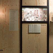 »Henri Quatre« – ©Buddenbrookhaus (Foto: Kai Nielsen) Fremde Heimat – Sonderausstellung im Buddenbrookhaus Lübeck Gestaltung: drej www.drej-design.de  Grafik: Marco Störmer www.marcostoermer.com #szenografie #sonderausstellung #ausstellung #exhibition design #literaturausstellen #literatur #thomas mann #buddenbrookhaus #lübeck