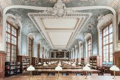 If you're still a student, then you are lucky to be able to visit the Bibliothèque de la Sorbonne in Paris arrondissement. A wonderful place to study quietly. Paris France, France Europe, Marie Curie, High Quality Images, Barcelona Cathedral, Palace, Most Beautiful, The Incredibles, Arquitetura