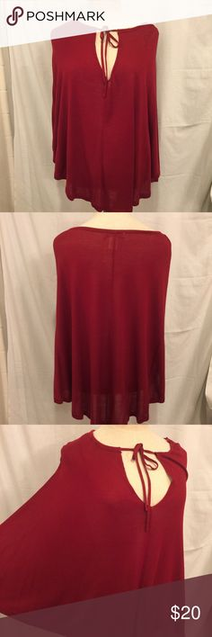 ARDEN B Poncho Cape Size Med/Large This is a lightweight cape style top from ARDEN B. Size M/L. Arden B Tops