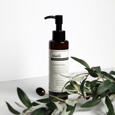 Klairs Deep Black Sugar Gentle Cleansing Oil - -You can find Sugar and more on our website. Oily Skin Care, Anti Aging Skin Care, Natural Skin Care, Dry Skin, Natural Beauty, Natural Oils, Natural Hair, Black Sugar, Lip Care