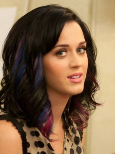 Katy Perry = Emily Bailly