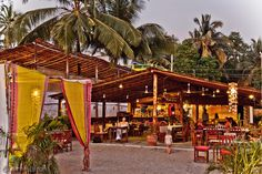 12 Eateries Everyone Should Visit in Goa
