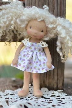"""Demi"" a teeny tiny 6"" Glimmer Row doll :: Dollectable In-stock Store"