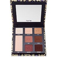 11 Small Ways To Seriously Upgrade Your Beauty Routine Tarte Maneater Eyeshadow Palette is a limited-edition eyeshadow palette with seven sexy, warm tone shadows plus an eye cheek highlighter. Kiss Makeup, Beauty Makeup, Eye Makeup, Hair Makeup, Drugstore Beauty, Hair Beauty, Makeup Goals, Makeup Inspo, Makeup Inspiration