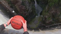 The Magnus Effect Is Why a Ball With a Bit of Backspin Goes Like This