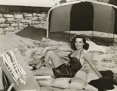 Jane Russell #vintage #beach