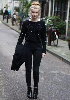 look-all-black-calca-preta-e-ankle-boot