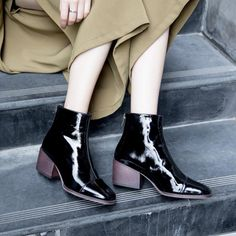#chiko #chikoshoes #shoes #fashion #fashionable #style #lookbook #fall #winter #autumn #new #best #streetstyle #chic #trend #streetfashion #boots #ankleboots #glossy