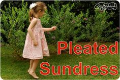 crafterhours: Pleated Sundress: A Tutorial - FABULOUS tips for lots of projects here