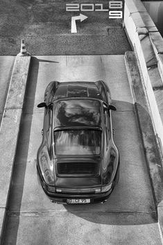 Black Porsche, Porsche 993, Porsche Classic, Porsche Cars, Classic Cars, My Dream Car, Dream Cars, Old School Cars, Car Tuning