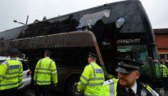 Manchester United: bus fue atacado y retrasó partido ante West Ham. Mayo 10, 2016.