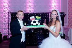 Soccer cake for the groom ! I made a surprise for my hubby #soccer #wedding #soccerwedding