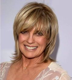great layered and feathered hairstyle-linda gray