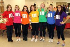 Costume d'Halloween avec simplement un t-shirt: M&M
