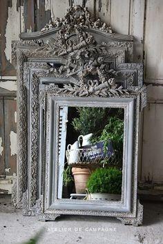 Beautiful shabby chic mirrors  ♥