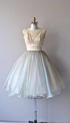 1950's Lace Bodice Dress