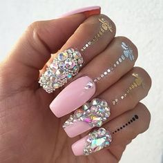 That's bling to the nth power! Sexy Nails, Dope Nails, Fancy Nails, Bling Nails, Bling Bling, Fabulous Nails, Gorgeous Nails, Pretty Nails, Perfect Nails