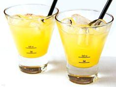 Rezept Sour mit Licor 43 - lekker.berlin   Rezepte und mehr ... Food-Blog, Backen, Kochen, Bücher - Viel Spaß beim Lesen und Ausprobieren.