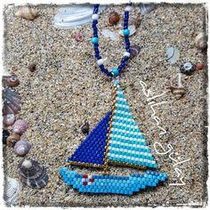 Pupa Yelken.. Orijinal model @chouquettedoree 'ye aittir.. #peyotestitch #seedbeads #beads #perline #delice #miyuki #pendant #brickstitch #perlesmiyuki #beadwork #peyotestitch #perlesaddict #beading #miyukiteknigi #beadstitching #sailingboard #sailboard #yelkenli