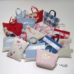 Mini Handbag Lavender Bags - so cute and smell lovely too!