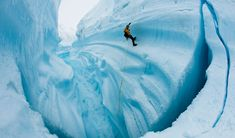 James Balog discusses how climate change is affecting the world's glaciers and the documentary 'Chasing Ice'
