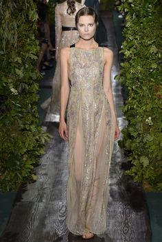 Valentino Couture Fall 2014 - Slideshow - Runway, Fashion Week, Fashion Shows, Reviews and Fashion Images - WWD.com