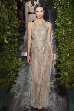 Valentino Couture Fall 2014 - Slideshow - Runway, Fashion Week, Fashion Shows, Reviews and Fashion Images - WWD.com