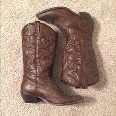 Cowboy boots Dark brown boots. Size 8. Excellent condition. Smoke free home. Call It Spring Shoes Heeled Boots