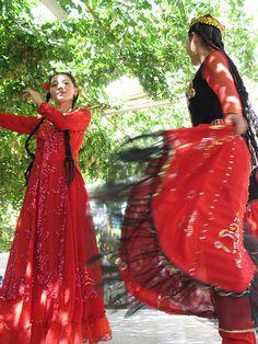 Uyghur dance  | China photo