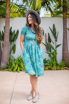 AMELIA DRESS — LuLaRoe
