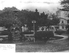 Capivari 1940 Praça Central e ao fundo a casa paroquial e mais ao fundo a igreja São João Batista